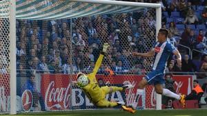 Óscar Duarte espera tener su oportunidad ante el Atlético tras reaparecer en Copa contra el Alcorcón