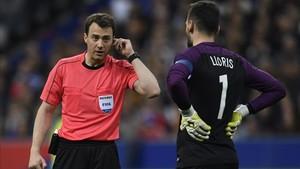 El VAR acabó con la polémica en el Francia - España