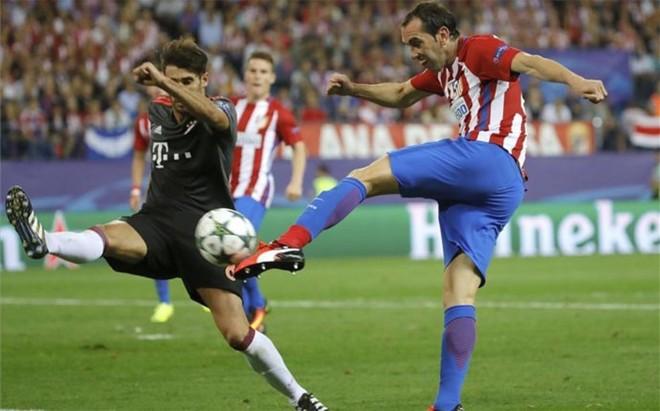 God�n termin� lesionado ante el Bayern