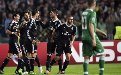 Karim Benzema celebra un gol que al final fue decisivo para el Real Madrid