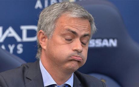 Mourinho se quej� una vez m�s de su relaci�n con los �rbitros