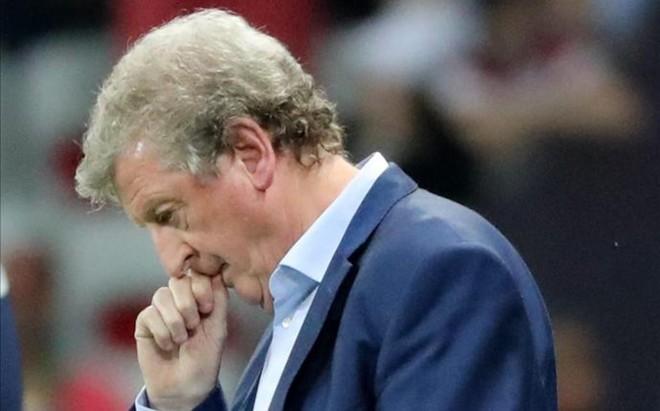Roy Hodgson dimiti� tras la eliminaci�n de Inglaterra en la Eurocopa