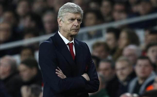 Wenger proh�be hablar del Bar�a a los jugadores espa�oles