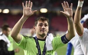 El futuro inmediato de Casillas puede estar en el Arsenal de Wenger