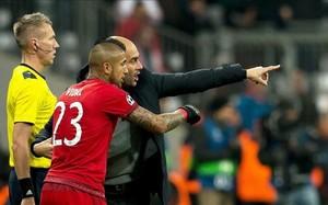 Arturo Vidal habría decepcionado a Guardiola