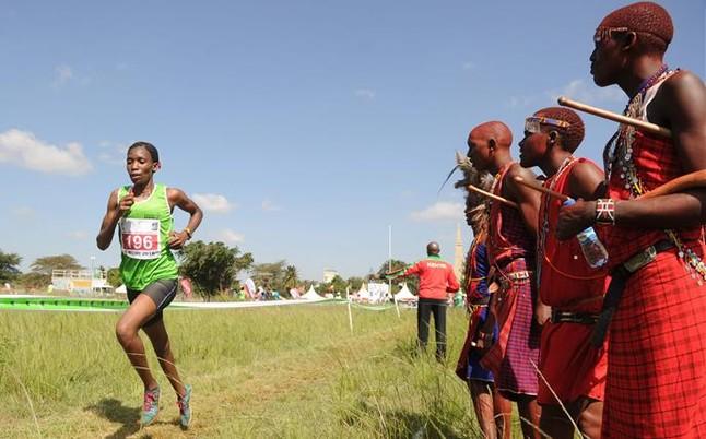 Director de la federaci�n keniana deja su cargo por supuesto chantaje a dos atletas