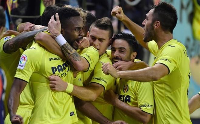 La euforia se desat� entre los futbolistas del Villarreal con el gol de Bakambu