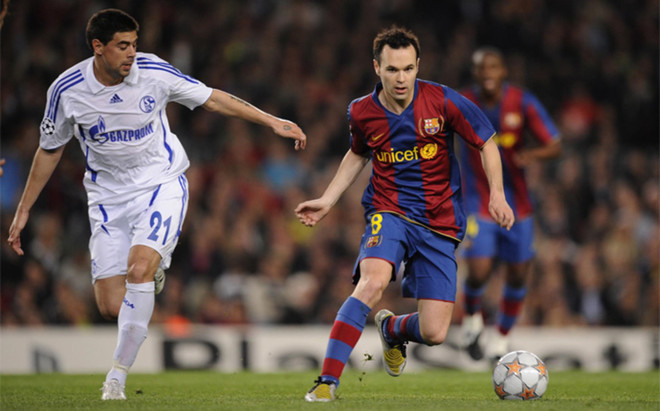 Iniesta ya se midi� al �ltimo rival alem�n del FC Barelona: el Schalke 04 (temporada 2007-08)