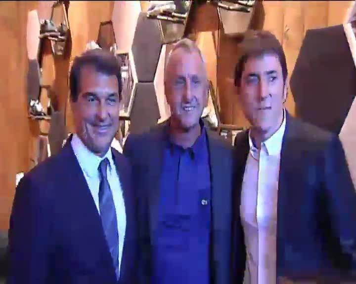 """Johan Cruyff: """"En el Bar�a hace cuatro a�os que no manda el entrenador"""""""