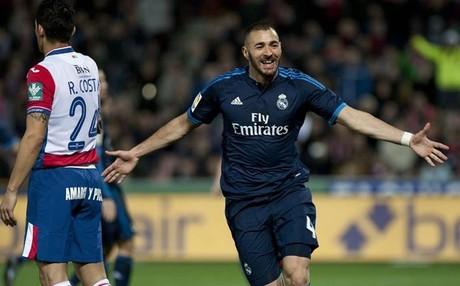 Karim Benzema celebr� as� su sexto gol seguido