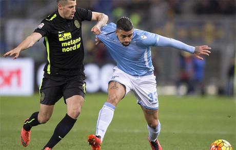 La Lazio tumb� al Verona en un entretenido encuentro