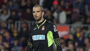 Pau López negocia su renovación con el Espanyol