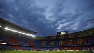 El Camp Nou lució un espectacular mosaico