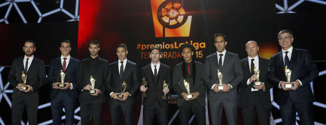 El Bar�a golea al Madrid en la gala