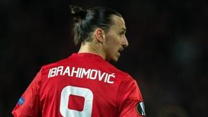 Ibrahimovic se recupera de su grave lesión en las instalaciones del United