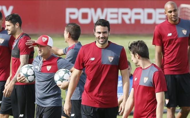 Los jugadores del Sevilla conf�an en derrotar al Lyon