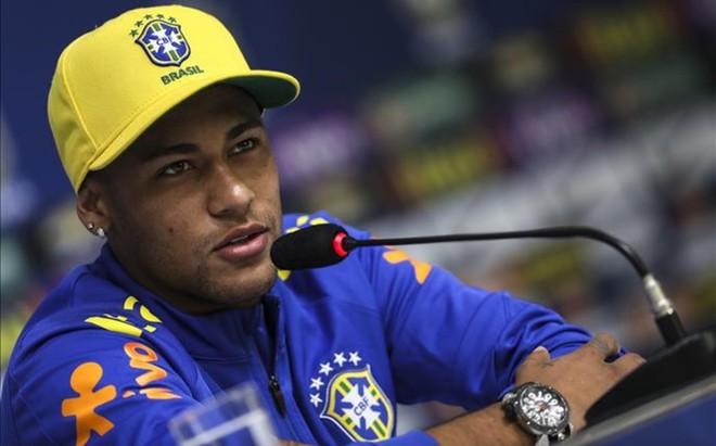 Neymar ha comparecido en rueda de prensa