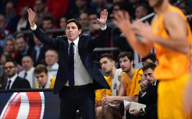 Carlos Arroyo reaparecer� ante el Sevilla y Lawal duda, por lesi�n