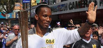 Drogba portó la antorcha olímpica