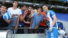 Alvaro Vázquez, con unos aficionados