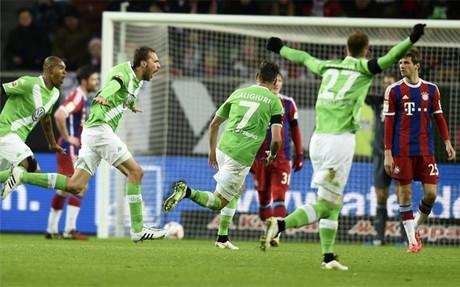El Wolfsburgo destroza a un Bayern irreconocible