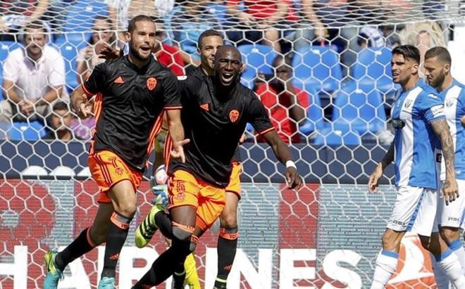 Mario Su�rez marc� el gol de la victoria del Valencia