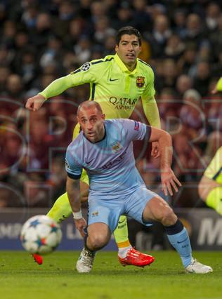 صور : مباراة مانشستر سيتي - برشلونة 1-2 ( 24-02-2015 )  1424816411626