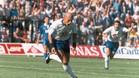 Dertycia celebra el 1-0 en Tenerife, el 20 de junio de 1993