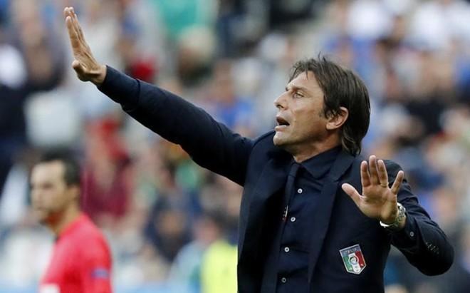 Conte, ufano tras la victoria de Italia