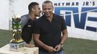 Neymar Junior y Neymar Da Silva durante un acto publicitario del Instituto del jugador