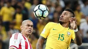 Paulinho, jugador de Brasil