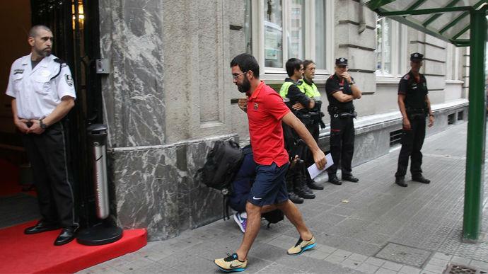 As� fue la llegada del Bar�a al hotel de concentraci�n en Bilbao