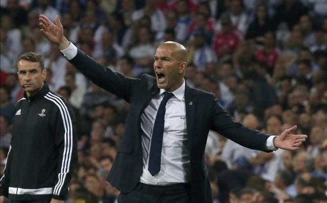 Zidane seguir� una temporada m�s