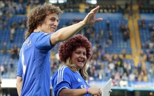 David Luiz, otra opci�n del Bar�a para la defensa