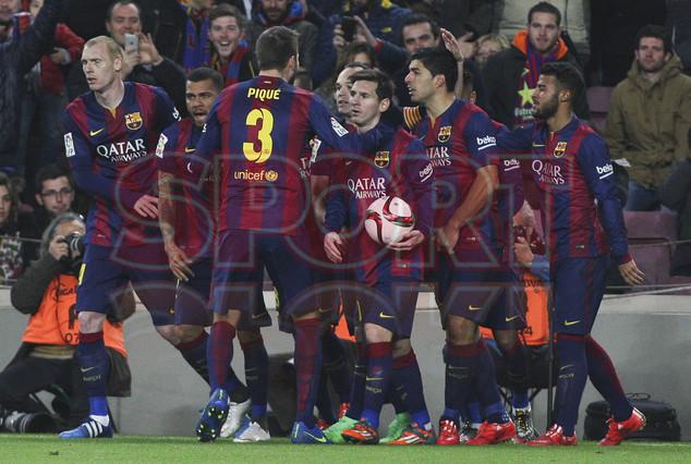 صور : مباراة برشلونة - فياريال 3-1 ( 11-02-2015 ) 1423690199846