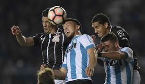 El Racing eliminó al Corinthians