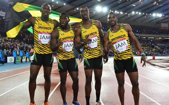 Kemar Bailey-Cole, con el resto del equipo jamaicano en 2014