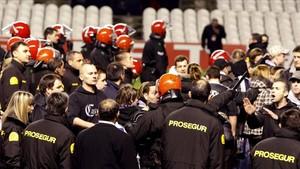 Incidentes antes del partido entre Athletic-Apoel