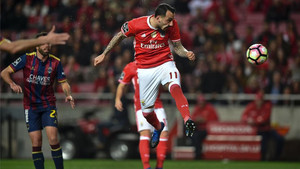 Mitroglou estuvo muy acertado contra el Desportivo Chaves
