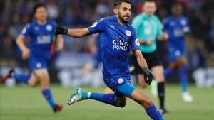 Mahrez ha exigido al Leicester que le deje marchar
