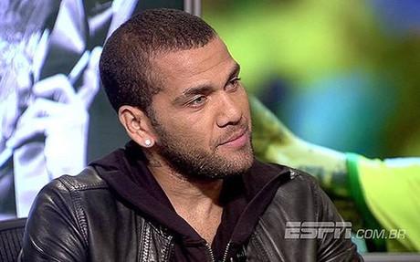 """Alves: \""""Guardiola quer�a entrenar a Brasil, pero no le dejaron\"""""""