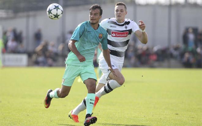 El equipo de Gabri se ha impuesto al Borussia Moenchengladbach a domicilio (1-3). En la imagen el suizo Guillemenot, autor del segundo gol