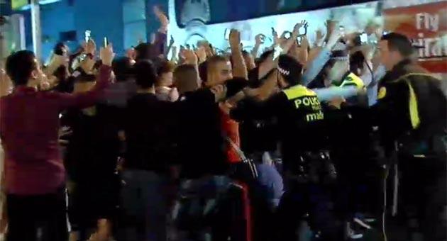 El Madrid tuvo un c�lido recibimiento en las inmediaciones del Bernab�u