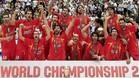 La Selecci�n espa�ola de baloncesto, celebrando el oro en la final de Saitama 2006