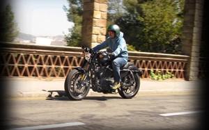 Roadster, la Harley-Davidson con piceladas deportivas