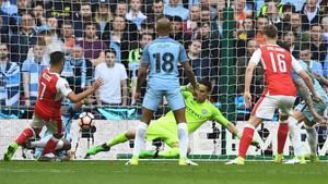 Alexis Sánchez marcó así en la prórroga el 2-1 definitivo