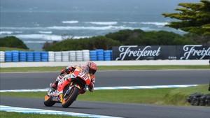 Márquez llega líder a Australia