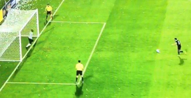 El penalti que fall� Xavi