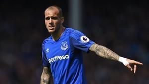 Sandro Ramírez no termina de encajar en el Everton