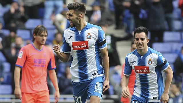 Video resumen: El golazo de Marc Navarro el día de su debut en el Espanyol - Granada